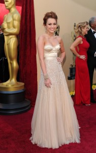 Miley Cyrus wears Jenny Packman